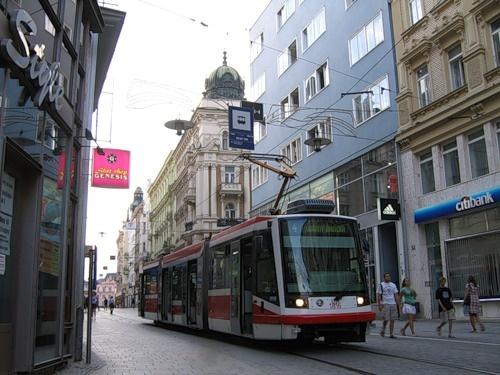 Современный трамвай настолько